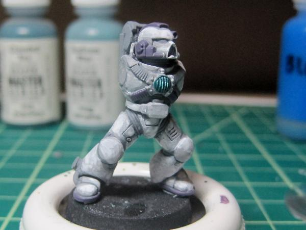 [Thumb - Test Model - Gray Base - Step 8 - Body - Hormagaunt Purple.JPG]