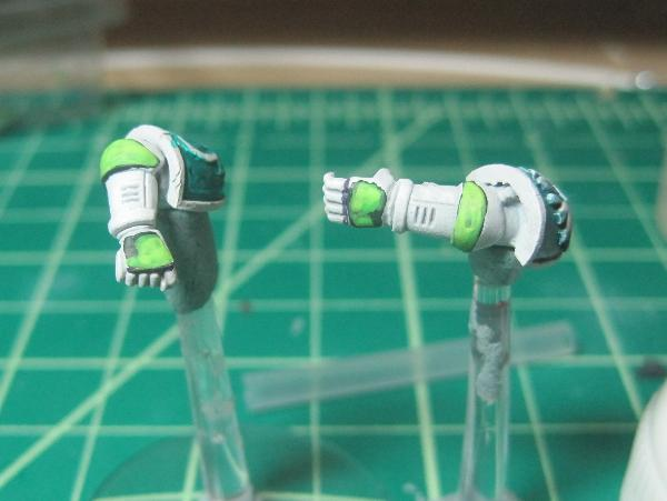 [Thumb - Test Model - White Base - Step 14 - Arms - Livery Green.JPG]