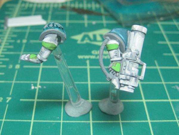 [Thumb - Test Model - Gray Base - Step 13 - Arms - Scorpy Green.JPG]