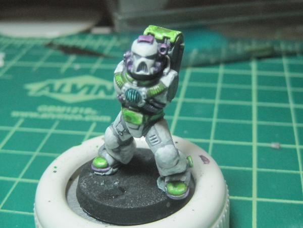 [Thumb - Test Model - Gray Base - Step 16 - Body - Light Green Wash.JPG]