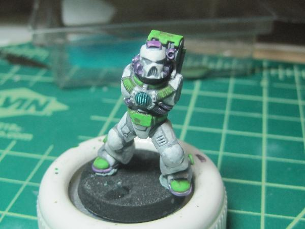 [Thumb - Test Model - Gray Base - Step 13 - Body - Scorpy Green.JPG]