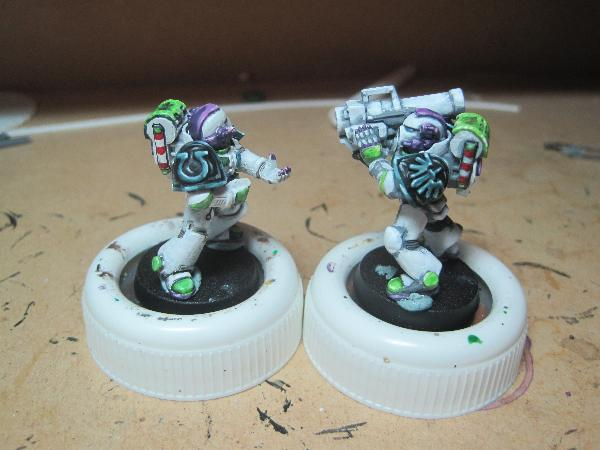 [Thumb - Test Model - Shoulder Pads - White (2).JPG]