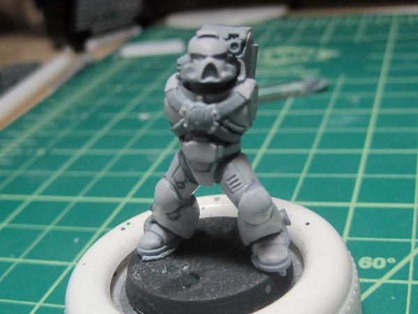[Thumb - Test Model - Gray Base - Step 1 - Body - Stone Gray.JPG]