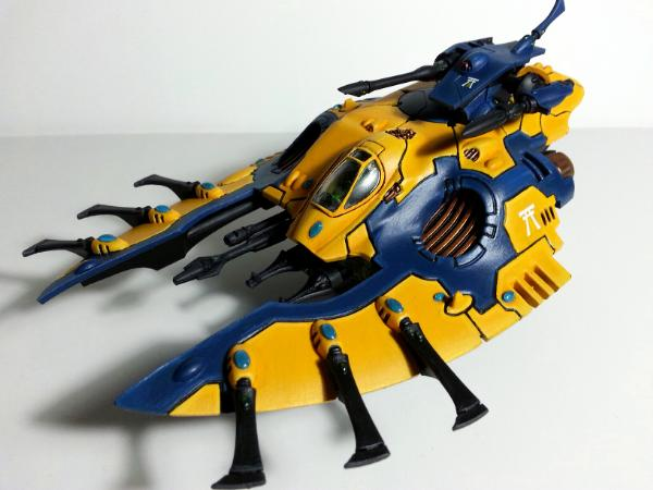[Thumb - Iyanden Wave serpent.jpg]