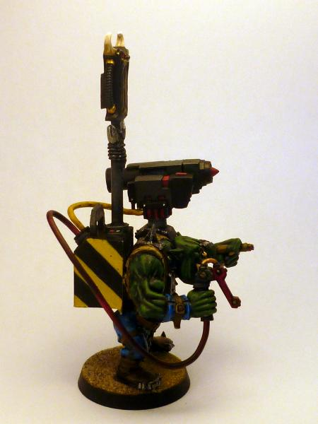 [Thumb - 4_Ork Tankbust Nob_Right.jpg]